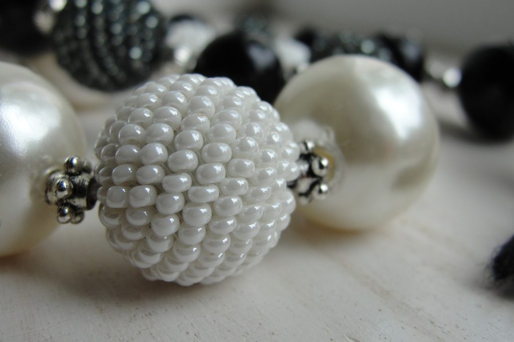 Perly - elegantní šperk