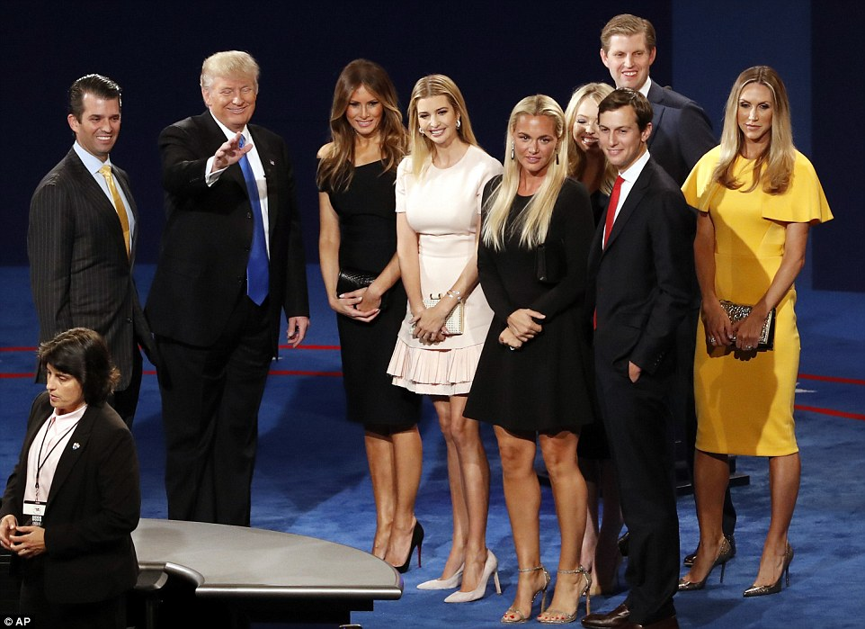 38D3AAB500000578-3808551-Donald_Trump_s_impeccably_dressed_family_stood_on_stage_with_him-a-12_1474949113044