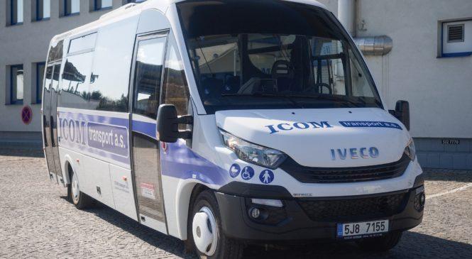 Na linkách kraje Vysočina jezdí 3 nové minibusy First FCLLI