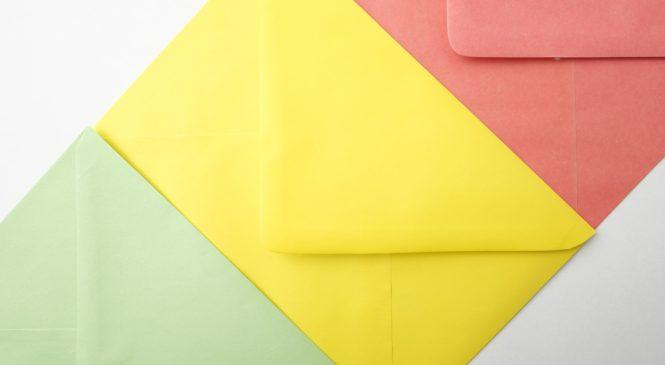 Píšete dopisy? S barevnými obálkami to jde samo