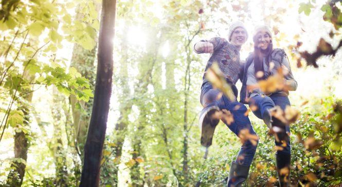 Bundy, mikiny i trendy soupravy – chystejte si podzimní a zimní šatník