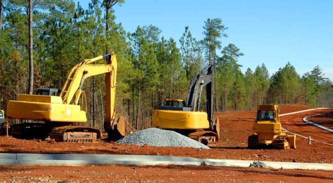 Které stavební stroje je výhodné si půjčit?