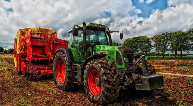 Bezpečný provoz zemědělské techniky, stavebních strojů a nákladních vozů